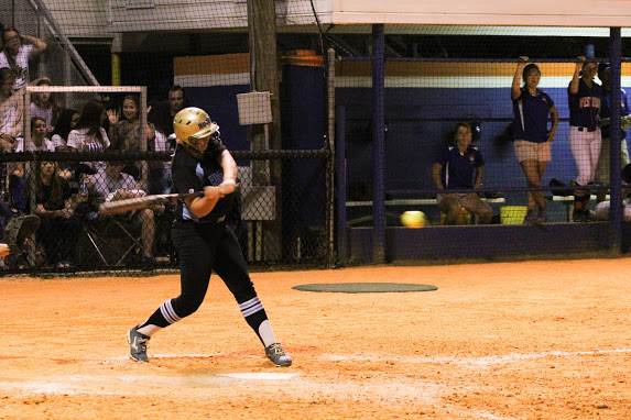Softball falls to Newsome in state semifinal