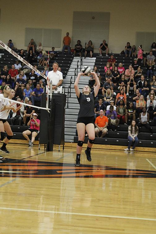 Girls volleyball captures district title