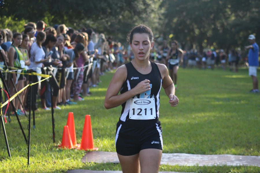 Junior Maria Puccio Ball finishes 37th at Seminole State and 4th for the girls varsity team on Saturday Sept. 17.