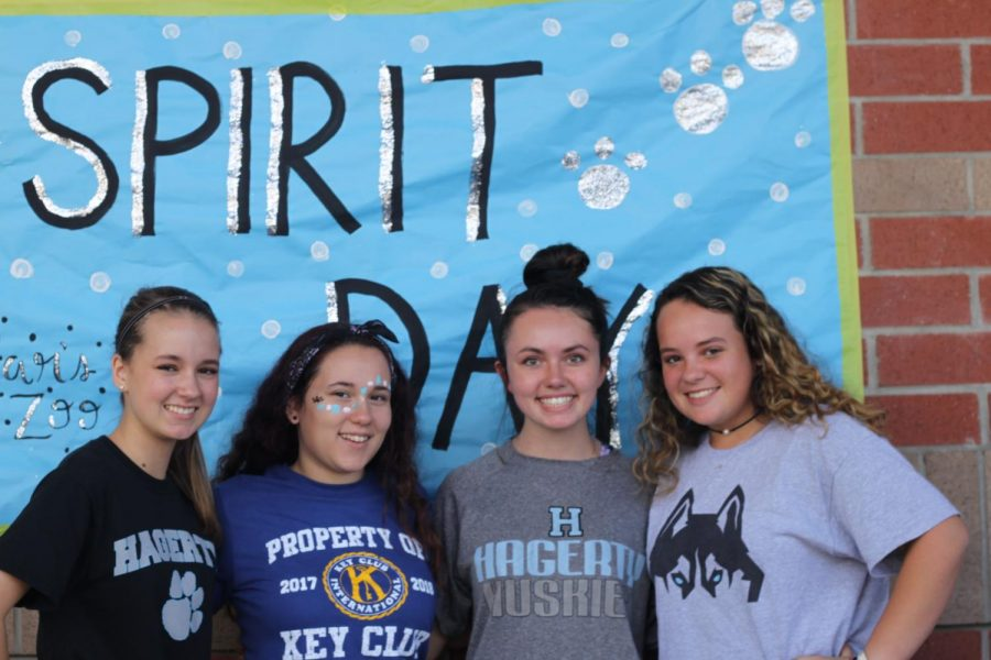 Sophomores+Grace+Stoner%2C+Alyzel+Martinez-Maldonado%2C+Amanda+Burton%2C+and+Haleigh+Strickland+is+showing+their+school+spirit+for+the+last+day++of+homecoming+dress+up.