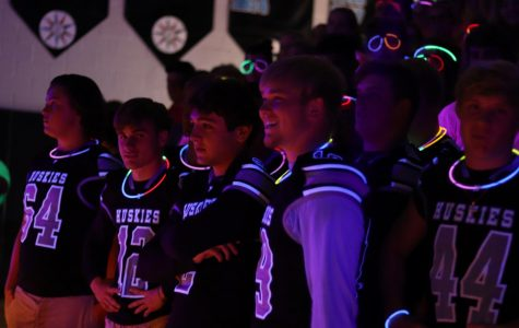 Glow-in-the-dark pep rally lights up homecoming week