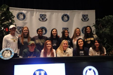 Twelve seniors participate in NCAA signing day