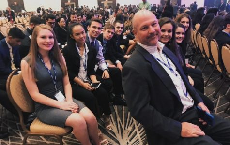 DECA business club competes at states