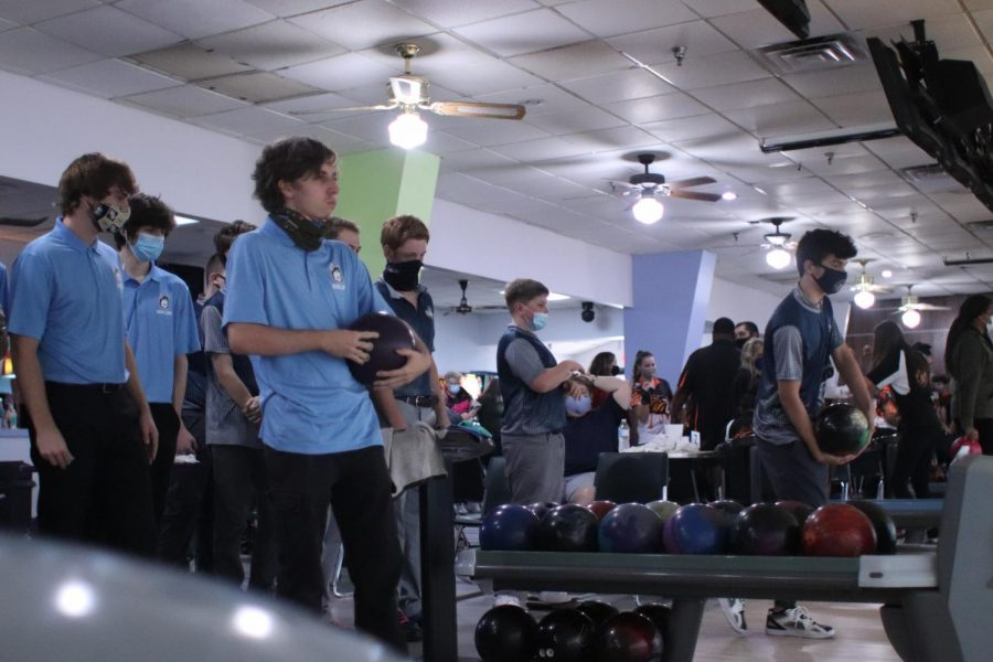 Sept. 29,,  bowling wins against  Crooms bowling.