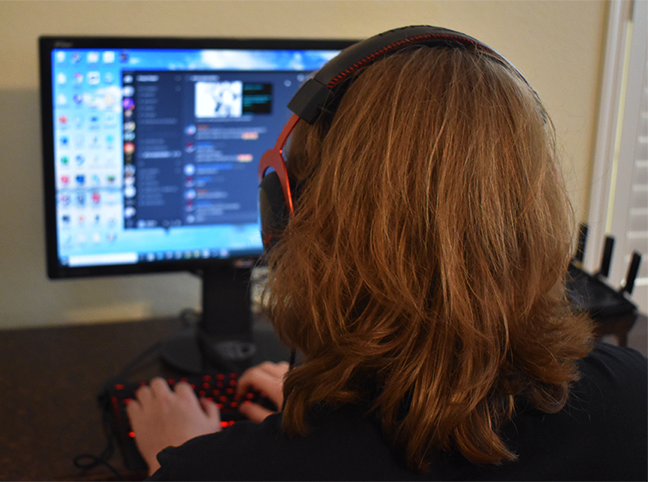 Senior Judd Brock-Edgar discusses his favorite streamer. He uses Discord to share clips with his friends virtually.