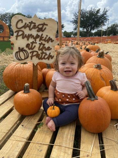 This+sweet+baby+came+with+her+family+to+have+her+first+photoshoot+at+the+pumpkin+patch.+